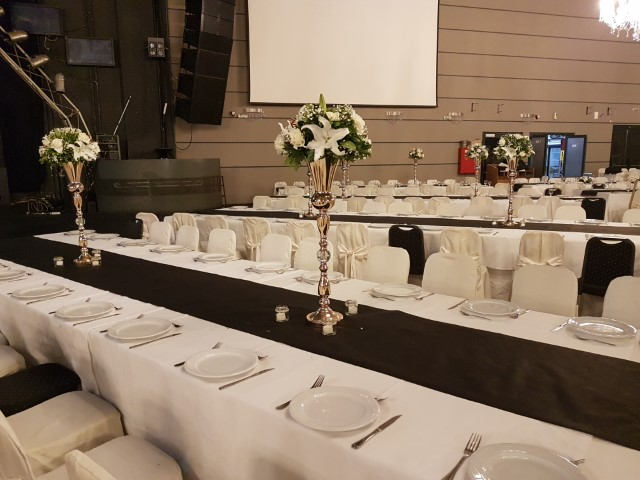 ARENARIA WEDDING